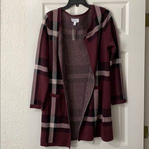 NWT Burberry Style Sweater